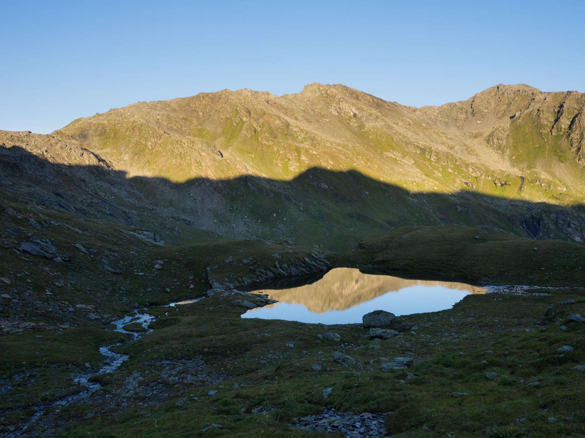 Steinkasern-See mit Grünbergspitze und Rosenjoch