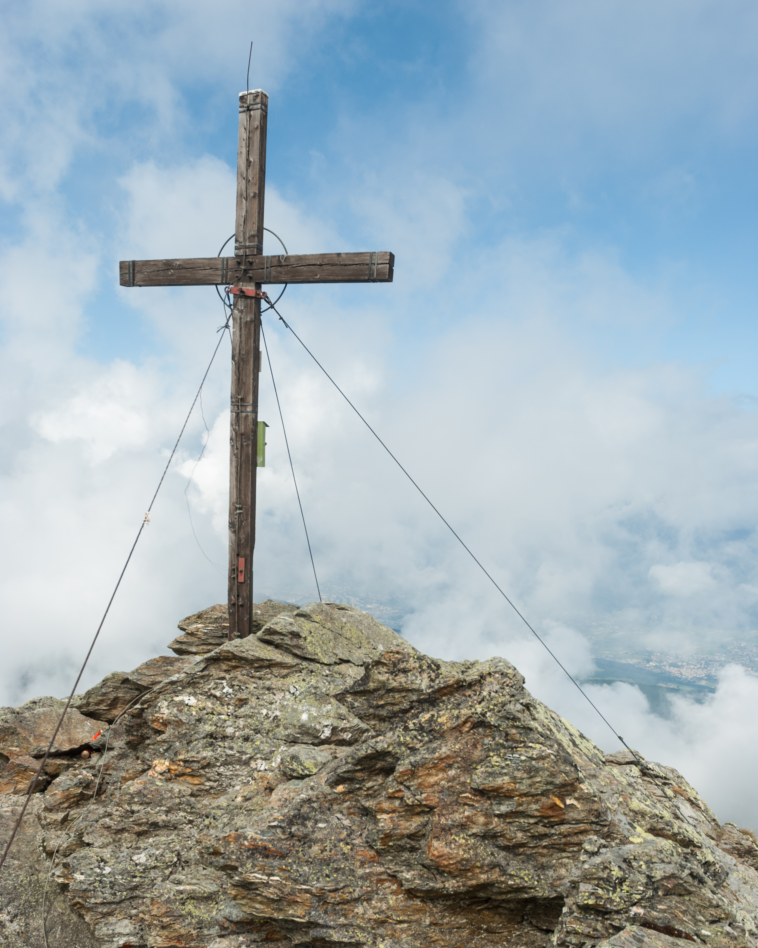 Gipfelkreuz am Haneburger
