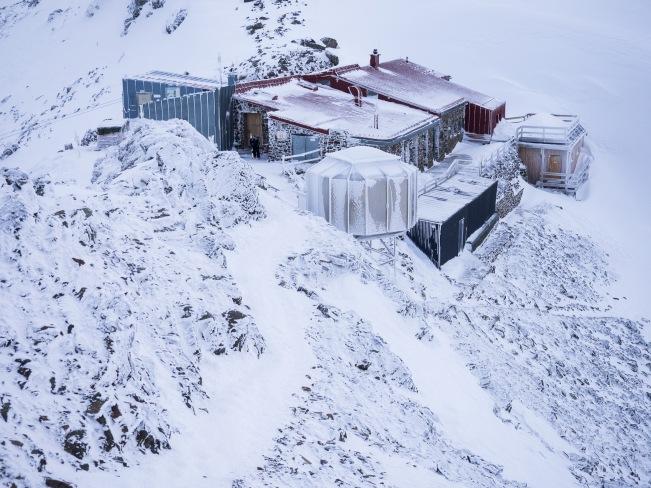 Glungezerhütte im Winter